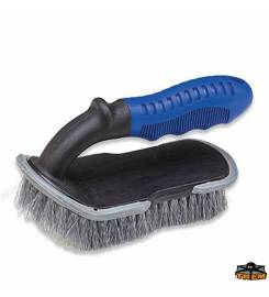 HAND BRUSH WITH COMFORTABLE HANDLE